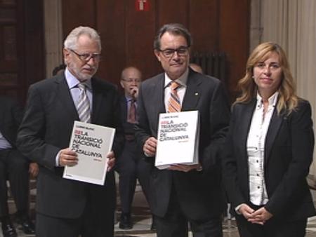 El Tribunal Constitucional frena la consulta de Artur Mas