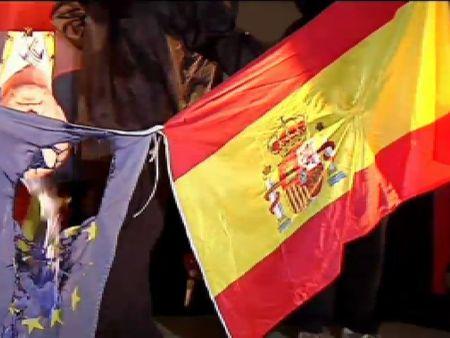 Juicio contra dos acusados de quemar una foto del rey Juan Carlos