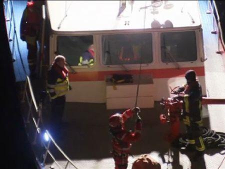 Atrapada una familia con dos bebés en un teleférico sobre el Rhin