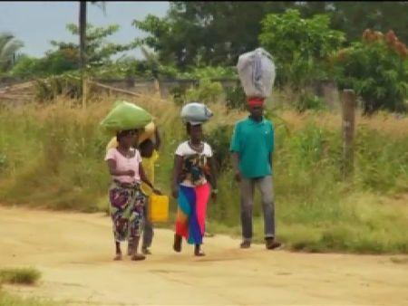 La falta de seguridad en Sierra Leona dificulta la contención del ébola