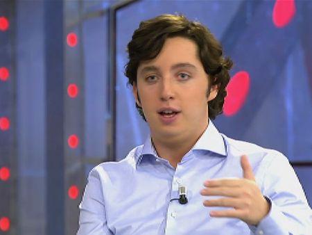 Francisco Nicolás asegura que la vicepresidenta del Gobierno fue quien le invitó al balcón de Génova